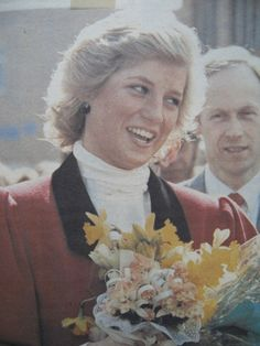 29 MARCH 1988: AMAZEMENT IN THE MARKET TOWN OF BRIGG AS PRINCESS DIANA VISITS!