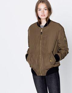 Pull&Bear - kadın - giyim - kabanlar ve ceketler - i̇çi suni kürklü bomber ceket - haki - 09710324-I2016