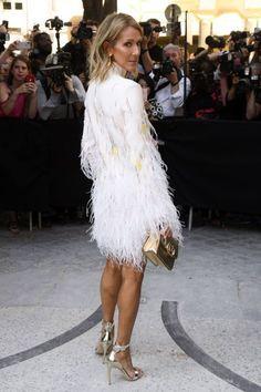 Céline Dion et Gwyneth Paltrow sublimes pour Valentino Celine Dion, Gwyneth Paltrow, Valentino Garavani, Girls Dresses, Flower Girl Dresses, Marie, Wedding Dresses, People, Blond