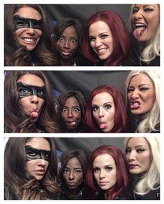 JulianaHarkavy: A little from ep. ❤'d kicking 🎯 & sharing some 😂's with these power women Dinah Drake, Superhero Shows, Arrow Cast, Team Arrow, Emily Bett Rickards, Flash Arrow, Smallville, Green Arrow, The Cw