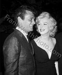 Tony Curtis and Marilyn Monroe 1959