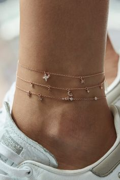Rue Gembon saved to Rose Gold Gembon Maiden Rose Gold Anklet 12 Beautiful Silver Bohemian Jewelry Designs For Your Loved One Ankle Jewelry, Dainty Jewelry, Ankle Bracelets, Cute Jewelry, Body Jewelry, Jewelry Accessories, Jewelry Design, Jewelry Trends, Jewlery