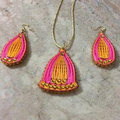 J 79 - Quilled earrings & pendant - 2in