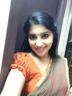 Lovely Smile, Beautiful Eyes, Desi Bhabi, Cute Faces, Beautiful Actresses, Indian Beauty, Hot, Sexy, Reference Images
