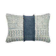 Makaroa Throw Pillow