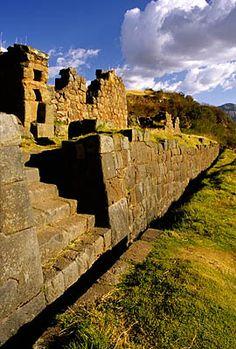 Tipon, the water garden of Inca Wiracocha.