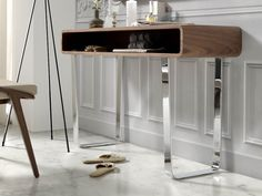 Console/coiffeuse. Mod. NORA Consoles, Nightstand, Desk, Table, Furniture, Home Decor, Dressing Tables, Vanities, Bedside Desk