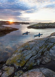 Kayakers are spoiled for choice throughout Bohuslän, but it doesn't get any better than Kosterhavet National Park, Sweden Kingdom Of Sweden, Sweden Travel, Italy Travel, Canoe And Kayak, Kayak Camping, Stockholm Sweden, Archipelago, Oslo, The Great Outdoors