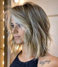 Thin Hair Haircuts, Mom Hairstyles, Round Face Haircuts, Long Lob Haircut, Haircuts For Medium Length Hair, Hairstyle Short, Hairstyle For Women, Medium Haircuts For Women, Trending Haircuts For Women