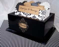 Neat recipe box and dividers