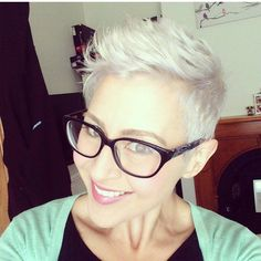 Modern short hairstyles with glasses decoration Short Hair Undercut, Undercut Hairstyles, Pixie Hairstyles, Very Short Hair, Short Hair Cuts, Short Hair Styles, Modern Short Hairstyles, Cute Hairstyles For Short Hair, Hairstyles With Glasses