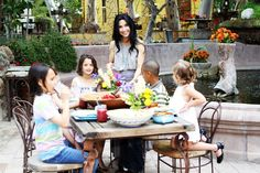 Organic Garden Party for Kids with 7 amazing recipes including smoothies, honey granola chicken tenders with a maple apricot dipping sauce, blueberry basil lemonade, potato quesadillas, homemade salsa, black bean salsa and a beautiful salad & lots of love!    http://www.hipmomsgogreen.com/home/organic-garden-party-for-kids-with-cascadian-farms/