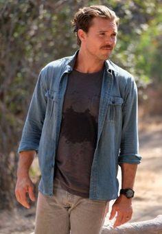 "Clayne Crawford in the ""Spilt Milk"" episode of LETHAL WEAPON airing Wednesday, Oct. Get premium, high resolution news photos at Getty Images Lethal Weapon Tv Show, Riggs And Murtaugh, Baby Daddy Show, Cops Tv Show, Fox Tv, Stud Muffin, Ex Husbands, Special People, Portraits"
