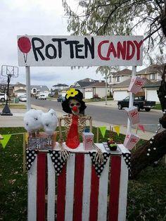 Carnevil rotten candy vendor by Halloween forum member moony_1
