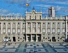 Palacio Real, patio interior. Madrid España.