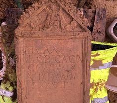'Unique' Roman tombstone found in Cirencester