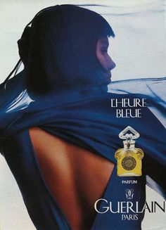 L'Heure Bleue or 'the bluish hour' was created by Jacques Guerlain in 1912. The fragrance is velvety soft and romantic, it is a fragrance of bluish dusk and anticipation of night, before the first stars appear in the sky. The top notes are opening with spicy-sweet aniseed and fresh bergamot that gently lead to the heart of rose, carnation, tuberose, violet, and neroli. The soft and powdery floral notes are resting on a base of vanilla, Tonka bean, iris and benzoin. (Fragrantica)