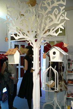 arbol store/ shop display