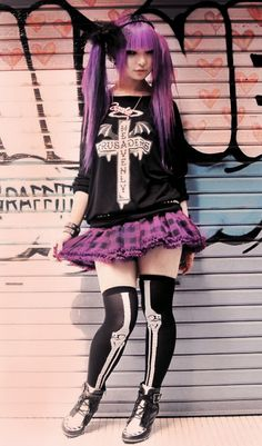 pastel goth - I want her skeleton thigh highs. and the rest of her outfit/hair, who am I kidding! Estilo Goth Pastel, Estilo Dark, Estilo Lolita, Pastel Goth Fashion, Fashion In, Tokyo Fashion, Harajuku Fashion, Dark Fashion, Kawaii Fashion