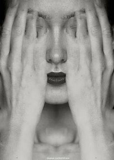 Faces (series of self-portraits) by Diana Chyrzyńska.°