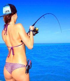 Fishing Girls, Gone Fishing, Sexy Bikini, Bikini Girls, Bikini Fishing, Exposed Video, Fishing Pictures, Sporty Girls, Girl With Hat