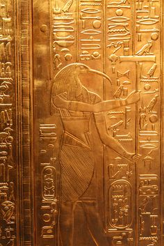 """jakeindy: """" Thoth - played many vital and prominent roles in Egyptian mythology, such as maintaining the universe, and being one of the two deities (the other being Ma'at) who stood on either side of Ra's boat. In the later history of ancient Egypt,. Ancient Egypt History, Ancient Aliens, Ancient Art, Egyptian Mythology, Egyptian Art, Empire Romain, Art Ancien, Ancient Mysteries, Gods And Goddesses"""