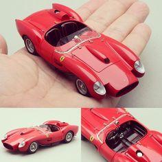 Wow!!! Ferrari 250 TR 1957(WIP) 1/43 Le Phoenix Kit. Modeler Rosso43 #ferrari #metalkit #scalemodel #metalmodel #hobby #usinadoskits #udk #car #coche #modelismo #modelism #modelisme #tiempolibre #ミニチュア #моделизм #хобби #miniatur #miniature #maqueta #maquette
