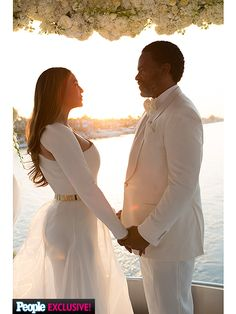 Inside Tina Knowles Lawson's 'Magical' Wedding Day: 'It Couldn't Have Been More Perfect' - Family - Yacht wedding Yacht Wedding, Dream Wedding, Wedding Day, Wedding Blue, Wedding Ceremony, Magical Wedding, Perfect Wedding, Tina Knowles, Style