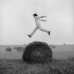 Rodney Smith - Don Jumping Over Hay Roll, Monkton, Maryland, 1999 Rodney Smith, Creative Photos, Vintage Photography, Black And White Photography, Bald Eagle, Portrait Photographers, Maryland, Alice In Wonderland, Image Search