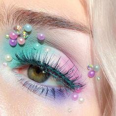 has us dreaming of a cupcake and candy wonderland! She wears Mochi eyeshadow, Pastel Goth palette and Mint Julep mascara! Eye Makeup Art, Makeup Tips, Hair Makeup, Makeup Ideas, Pastel Goth Makeup, Colorful Makeup, Bright Makeup, Kawaii Makeup, Cute Makeup