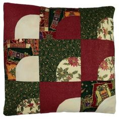 A jockeys cap cushion cover for Christmas - easy! Christmas Cushion Covers, Christmas Cushions, Patchwork Patterns, Quilt Patterns, Make Your Own, How To Make, Cap, Quilts, Blanket