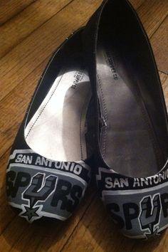 San Antonio Spurs by FrancesBowtique on Etsy, $70.00