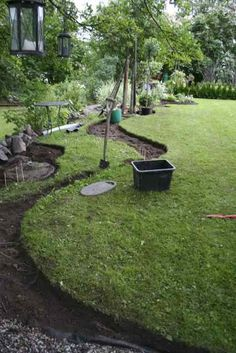 beautiful backyard garden design ideas can for your garden planning 2 - New ideas Cottage Garden Design, Backyard Garden Design, Small Garden Design, Side Garden, Lawn And Garden, Back Gardens, Outdoor Gardens, Home Landscaping, Garden Planning
