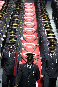 Turkish Military, Turkish Army, Turkish Men, Jet Fighter Pilot, Air Fighter, Fighter Jets, Turkish Soldiers, Jennifer Winget Beyhadh, Army Wallpaper