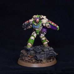Buzz Lightyear variant! Violet, green, red and white.