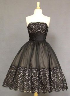 vintage cocktail dress - love!