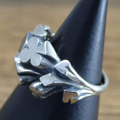 Handmade sterling silver playing cards ring. This ring was made in JAPAN.  13㎜×5㎜ (0.51in×0.19in)  8g