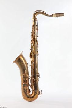 Henri Selmer Série SSS Super Sax Selmer one of the first modern saxophones 1932-35 Henri Selmer Série SSS Super Sax Selmer one of the first modern saxophones 1932-35