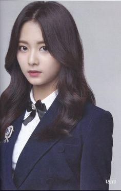 Tzuyu as Erika Nayeon, Twice Tzuyu, Twice Jyp, Kpop Girl Groups, Korean Girl Groups, Kpop Girls, Tzuyu And Sana, Chou Tzu Yu, Dahyun