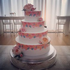 Cake 5 (our personal favorite): hand-painted blush floral pattern - do you even need to ask if it's a NCMA? 😍Congrats to Elizabeth & Andrew!