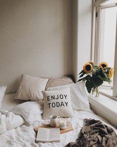 Bedroom Deco | Pinterest: heymercedes
