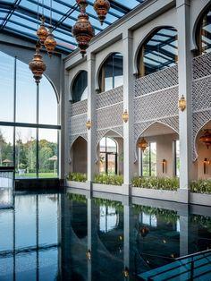 Morrocan Architecture, Mosque Architecture, Interior Architecture, Villa Design, Facade Design, Exterior Design, Modern Moroccan, Moroccan Design, House Window Design