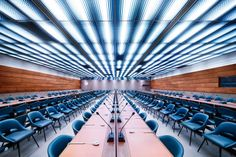 Amazing photography of significant meeting rooms.