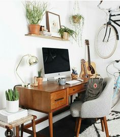 bureau vintage home decoration - Desk In Living Room