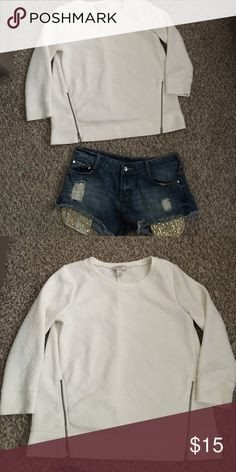Loft shirt Size M Medium weight. Functional accent zippers. Size M. Very good used condition LOFT Tops Blouses