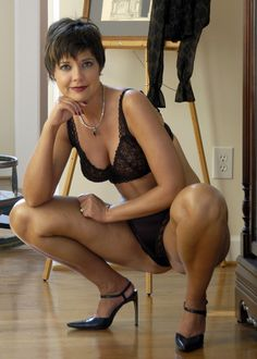 """"""" memature: """"Me Mature """" lovely lady,she has a lot of charm"""" Sexy Older Women, Old Women, Sexy Women, Beautiful Old Woman, Femmes Les Plus Sexy, Black Lingerie, Sensual, Hot Girls, Bikini"""