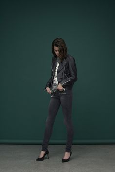 super-soft skinny biker jeans with zip details.  The coolest biker leather jacket of them all with silver hardware and zipped trims.   Leather Jacket : Vibes / Venice Tee: Marvin / Dalian Jeans: Cyndi / M-455642