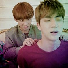 """v giving jin a magical massage (x) """