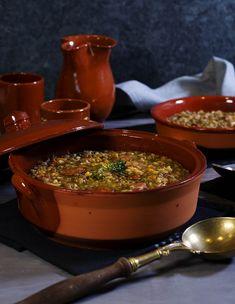 Lentejas guisadas con arroz. RECETA FÁCIL - La Cocina de Frabisa La Cocina de Frabisa Chorizo, New Recipes, Cooking Recipes, Diy Shops, Felicia, Ale, Chili, Healthy Eating, Soup