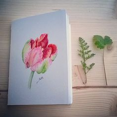 I love this kind of notebooks but I may be partisan ;-)! This craft notebook is handmade with a hand-stitched light green binding, it measures